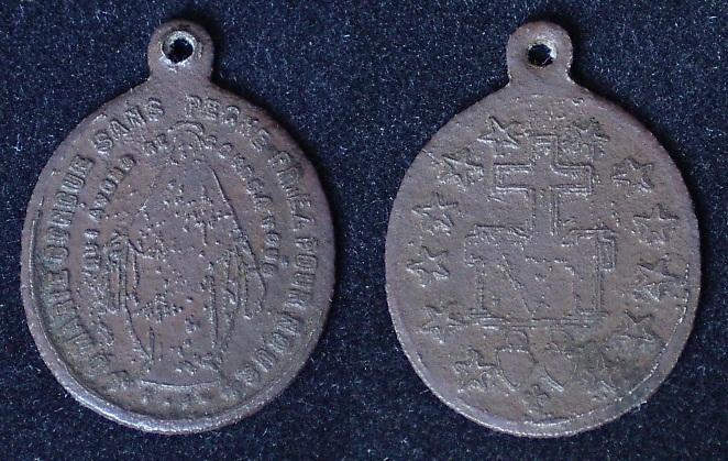 """Médaille miraculeuse de la """"rue du bac"""" Imgp9338"""