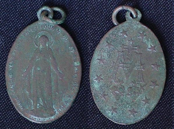 """Médaille miraculeuse dite de la """"rue du bac"""" Imgp9340"""