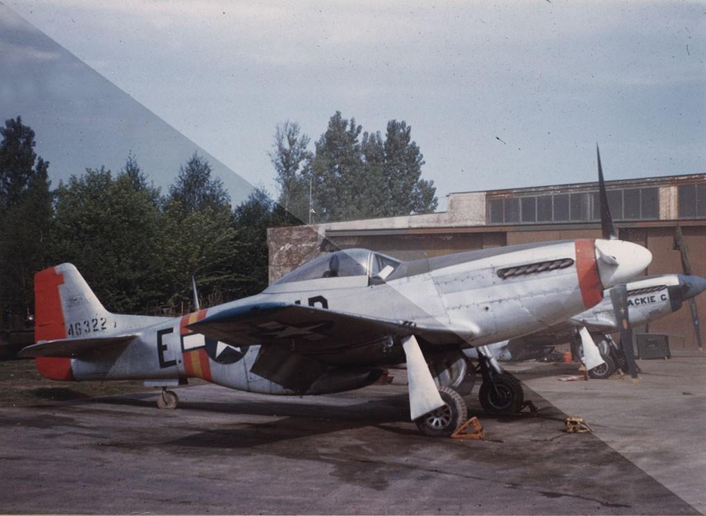 Photo d'archives couleur 355-0910