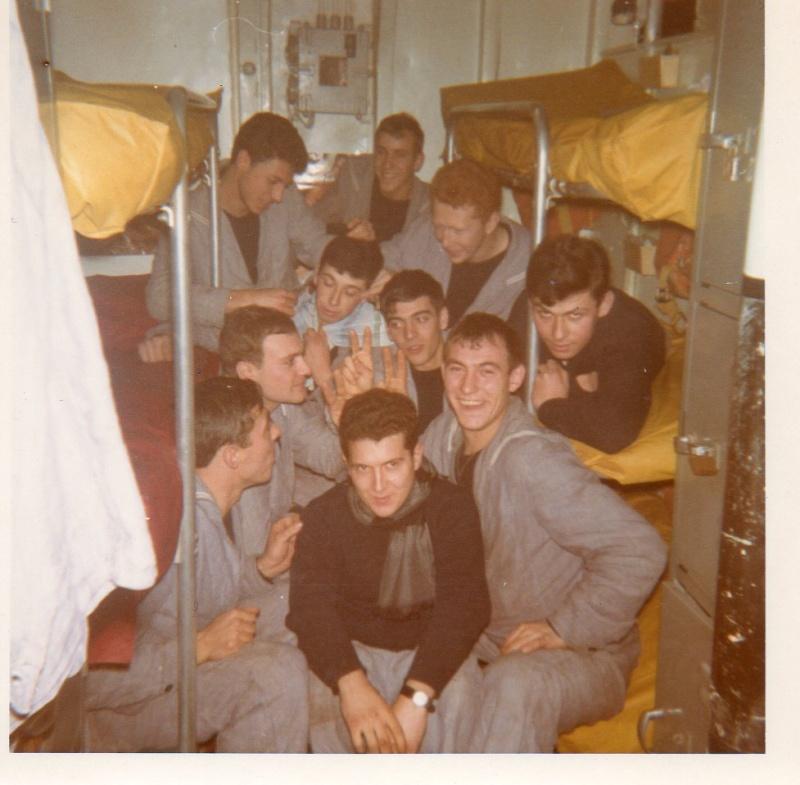 Recherche camarades embarqués sur le BOUVET en 1968-1969  Img01011