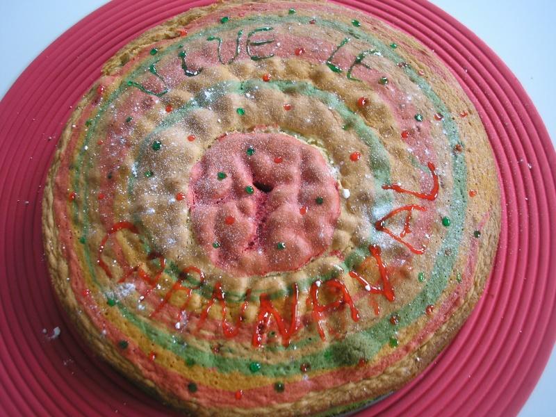 gâteaux multicolores du Carnaval Photo_36