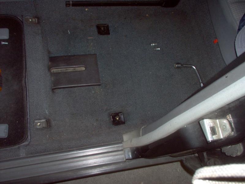 Siège conducteur usé, solution simple Passep13