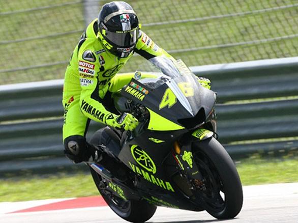 position sur la moto Freina10
