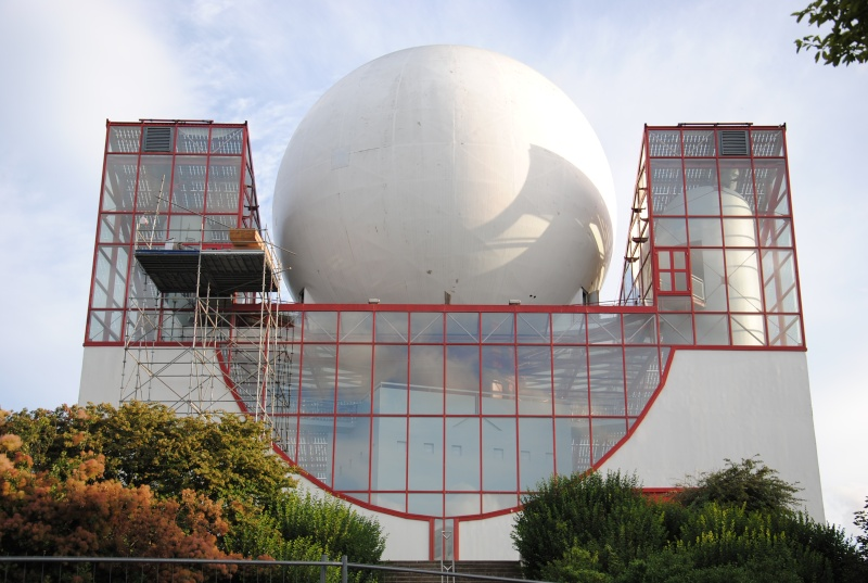 Boule du Futuroscope : démontage, reconstruction, scénographie (2012-2014) Dsc_0236