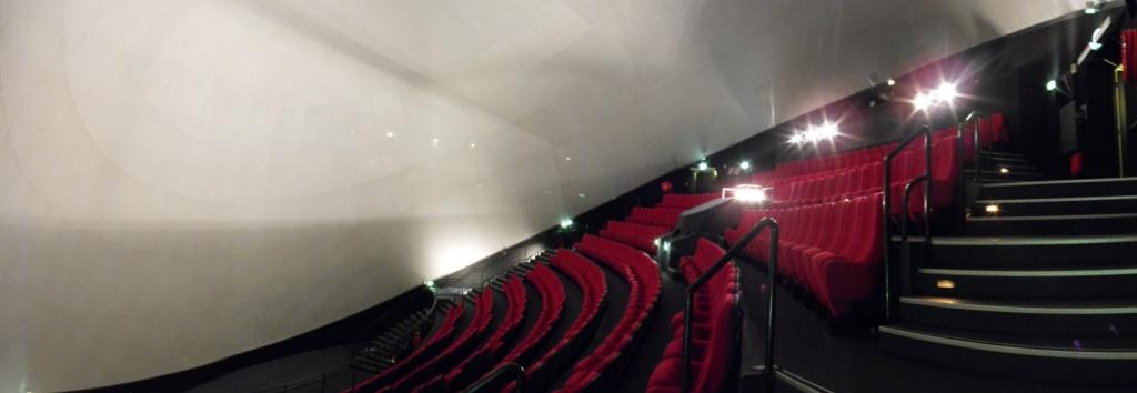 Pavillon : L'Omnimax Omnima11