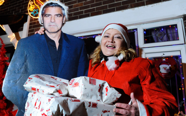 George Clooney at the theatre in Northern Ireland . . . sort of A_nigh10