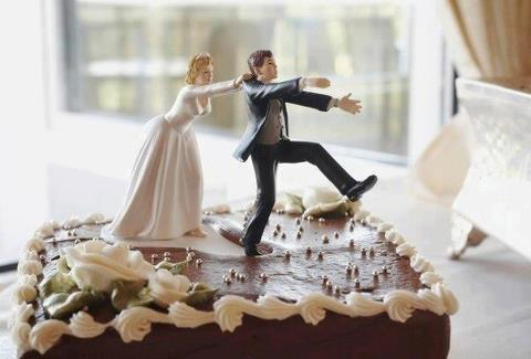 George and Stacy's wedding cake topper Cloone75