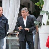 George Clooney shooting a Mercedes-Benz commercial (pics) 2011 Merced10