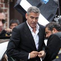 George Clooney shooting a Mercedes-Benz commercial (pics) 2011 Merced13