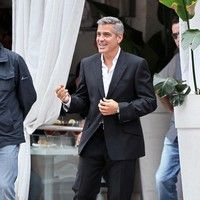 George Clooney shooting a Mercedes-Benz commercial (pics) 2011 Merced15