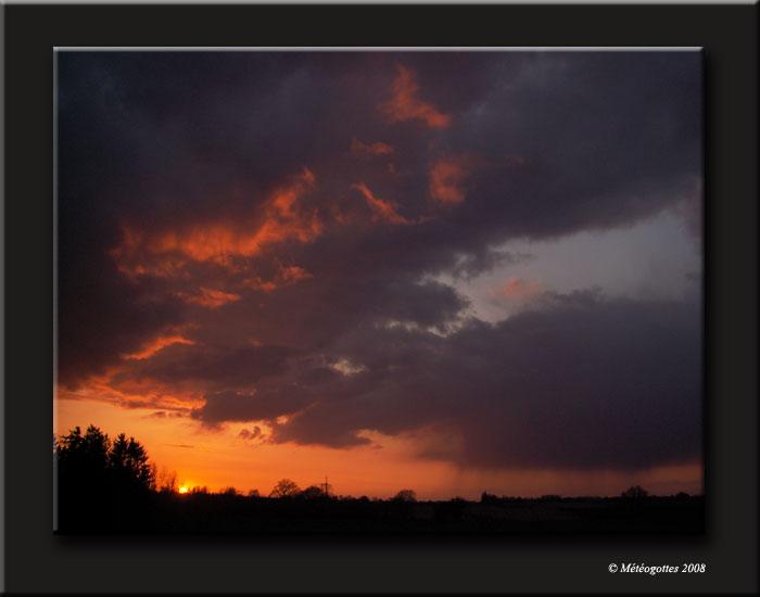 coucher de soleil - Page 3 11avri12