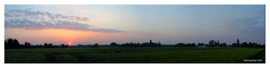 coucher de soleil - Page 5 Pano2012