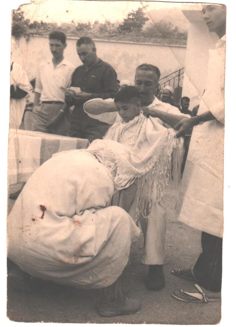 Aokas (deuxieme bureau): circoncision collective des enfants de Chouhada  5_00110