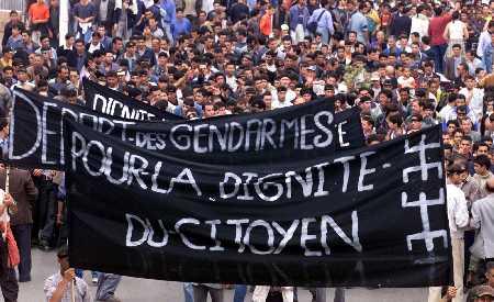 non à la politique de la repression Tizi10