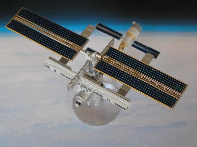 ISS 1/700 Takara P6110013