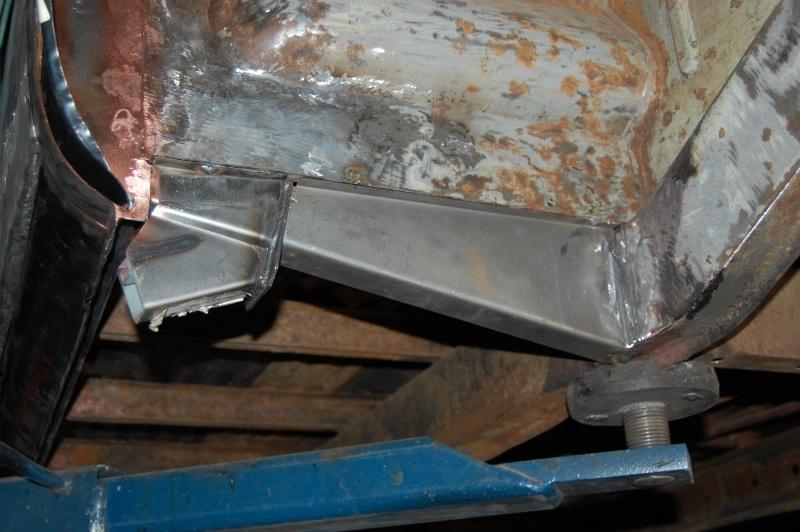 Restauration du combi Split 65 - Page 3 Photo_75