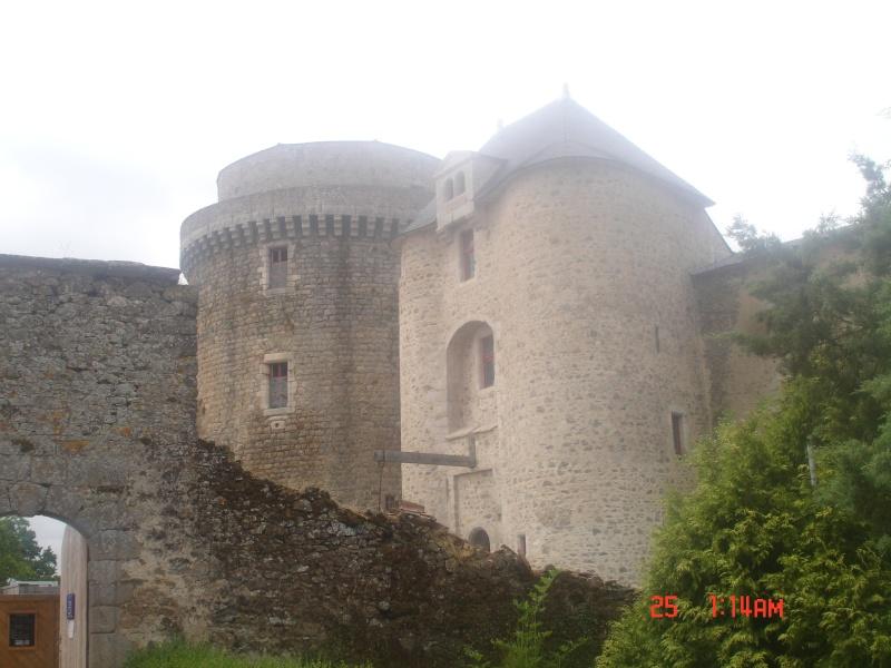 chateau de  Saint Mesmin Dsc04615