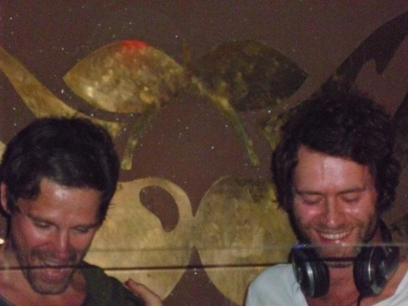 Howard (et Jason) au Pacha 29/07/2011 P1000913