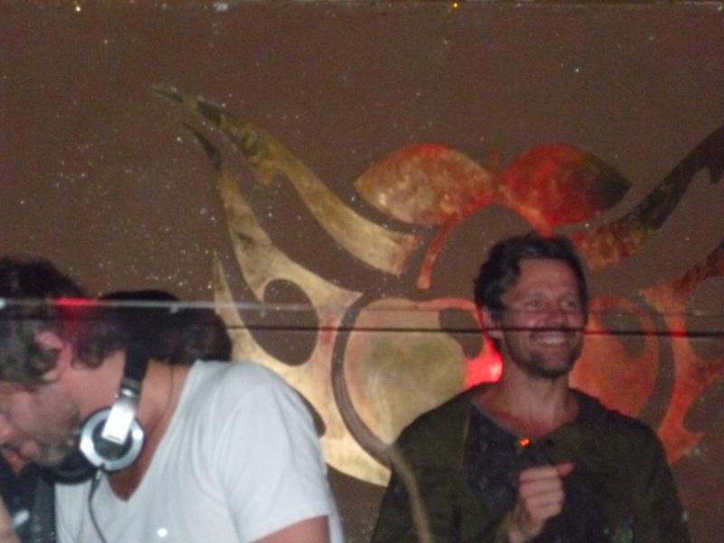Howard (et Jason) au Pacha 29/07/2011 P1010010