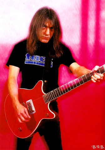 Malcolm Young Malcol10