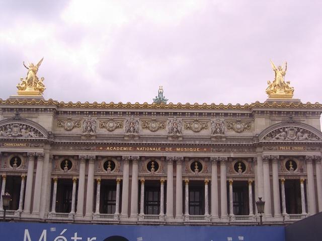 Paris 03811