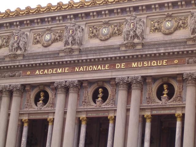 Paris 04111
