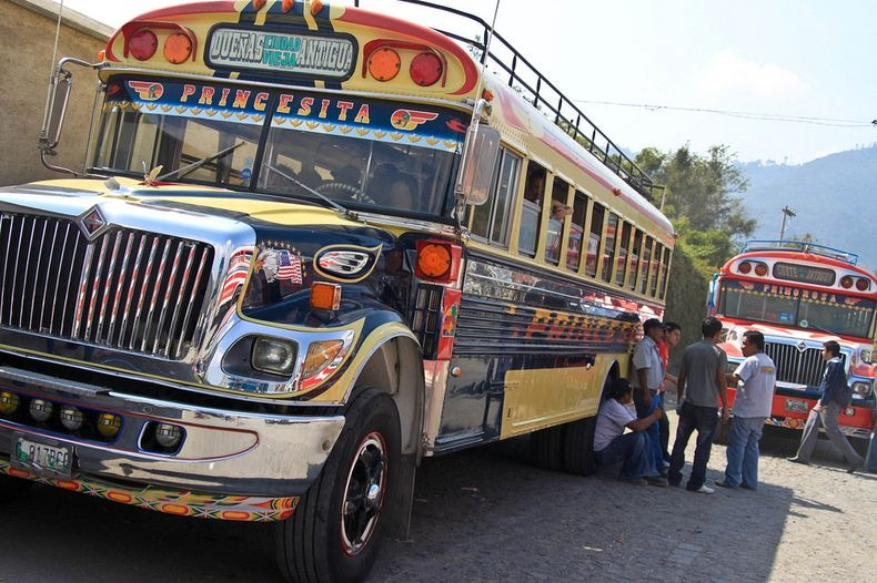 La 2ème vie des bus jaunes écoliers USA Chicke10