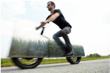Moto invisible... Sans_t30