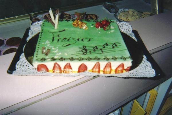 Titanic en gâteaux et chocolat - Page 2 Fraisi10