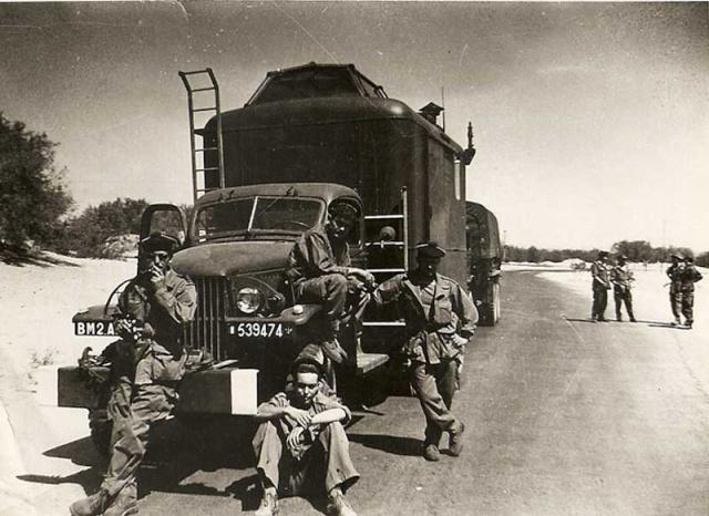[Aéro divers] Le GHAN-1 (31F, 32F et 33F) en Algérie... - Page 6 _1960_11