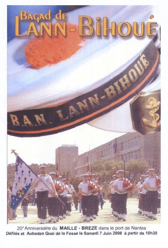 [La musique dans la Marine] Bagad de Lann-Bihoué - Page 5 Image_12