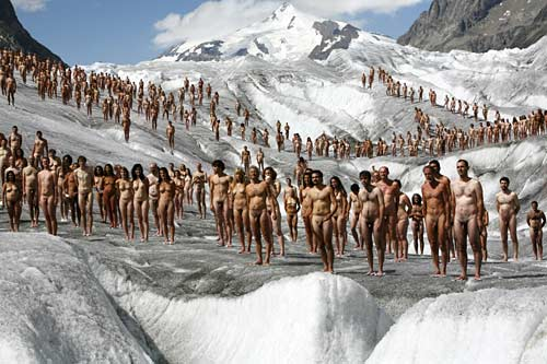 Spencer Tunick, photographe de nus de masse A_spen12