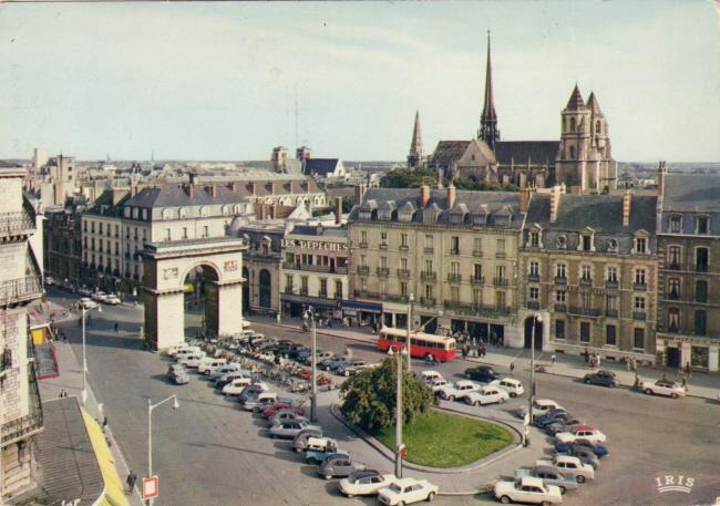 Photos et cartes postale 2cv camionnette  Dijon_10