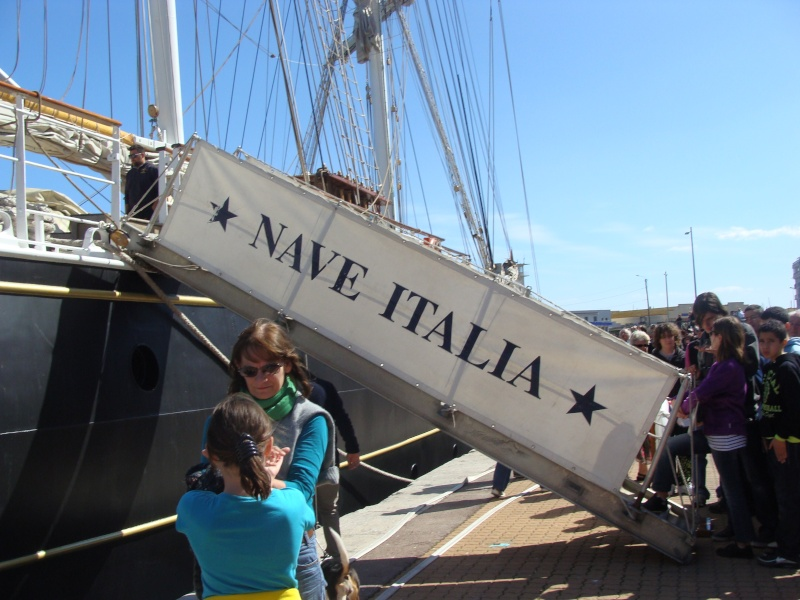 [Autres sujets non Marine] Le port de Sète Navire24