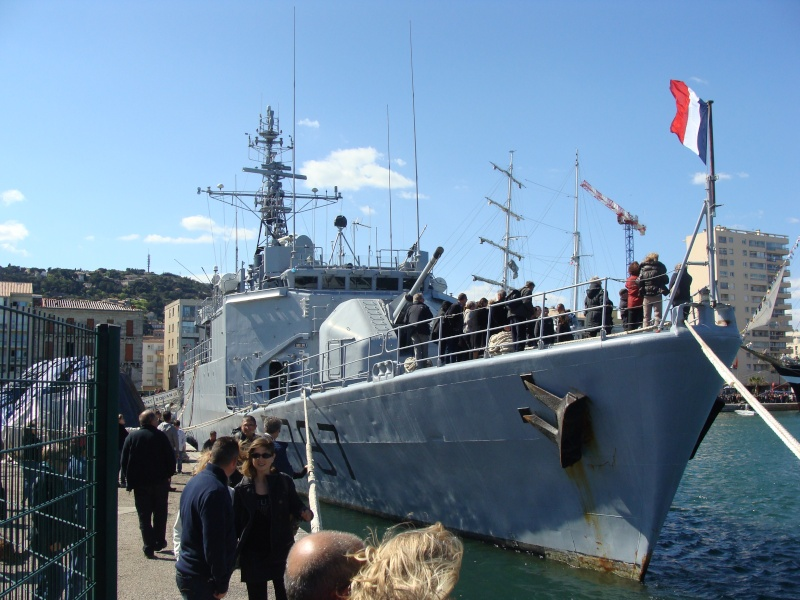 [Autres sujets non Marine] Le port de Sète Navire32