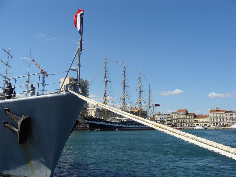 [Autres sujets non Marine] Le port de Sète Navire33