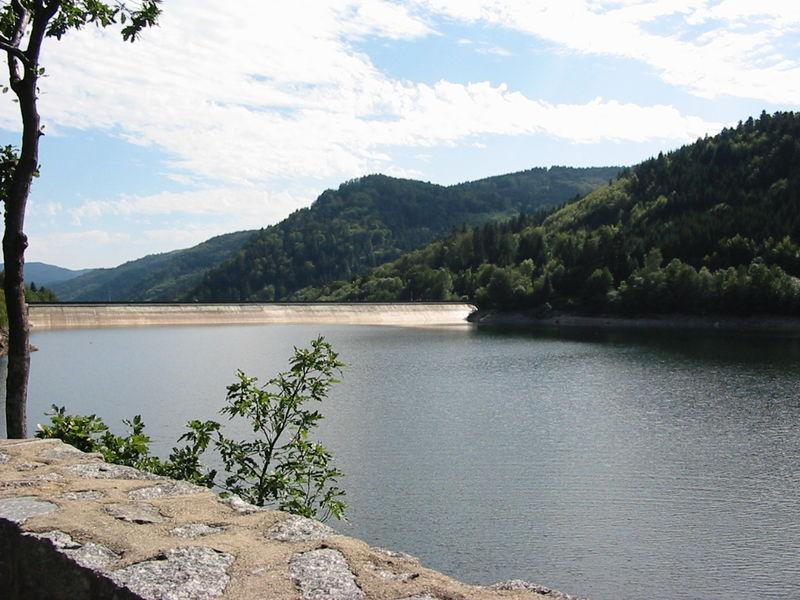 Lac - barrage de Kruth Wildenstein Dept68 Alsace Haut rhin 800px-10