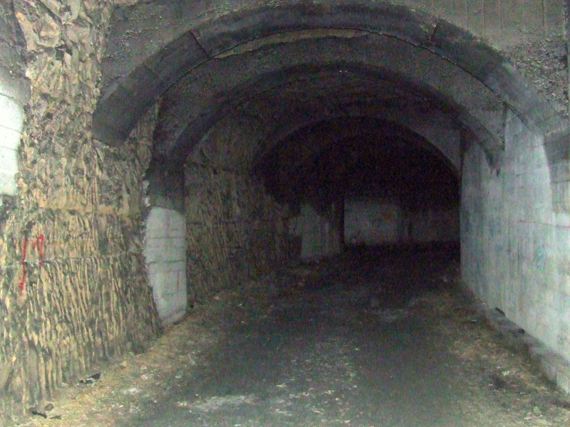 Stockage V2 et gare souterraine de de Méry sur Oise (95) Dscf8121