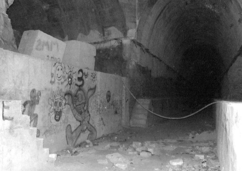 Stockage V2 et gare souterraine de de Méry sur Oise (95) Dscf8212