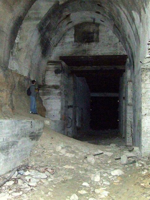 Stockage V2 et gare souterraine de de Méry sur Oise (95) Dscf8215