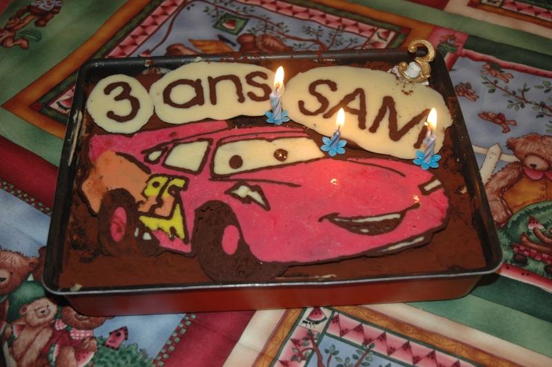 Cars quatre roues : Flash McQueen et ses amis - Page 2 Dsc_0310