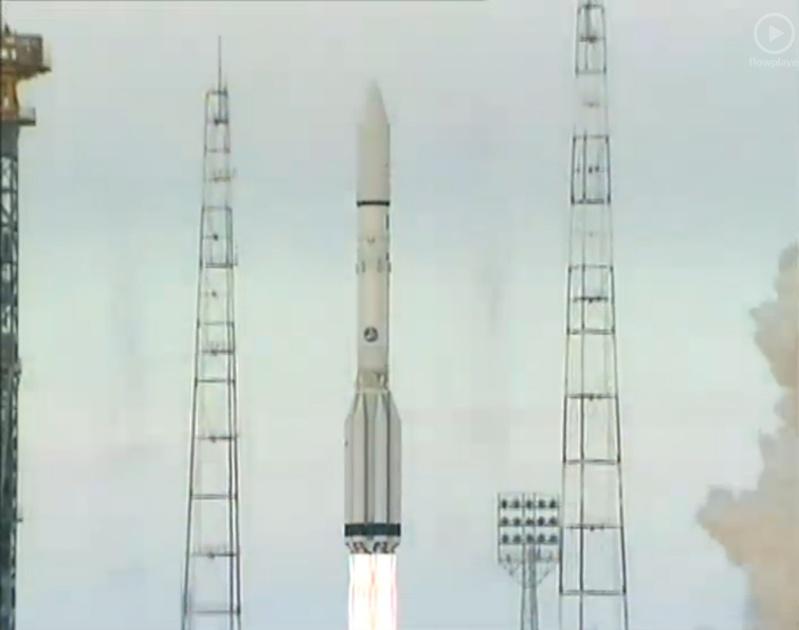 Lancement Proton-M / Loutch-5A + AMOS 5 - 11 décembre 2011 11122010