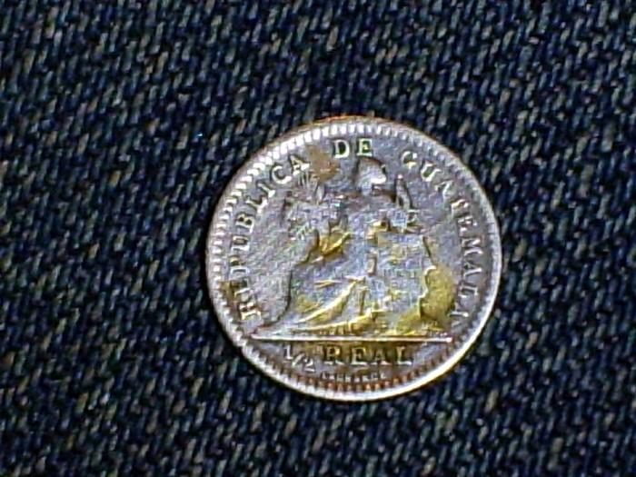 Guatemala, 1/2 real, 1896 Medior14