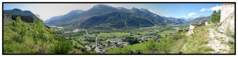 La Route des Grandes Alpes - Page 18 2011_011