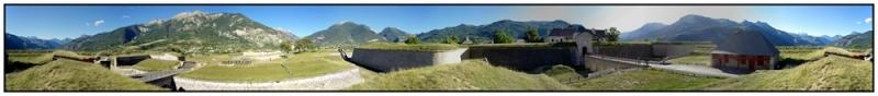 La Route des Grandes Alpes - Page 18 2011_012