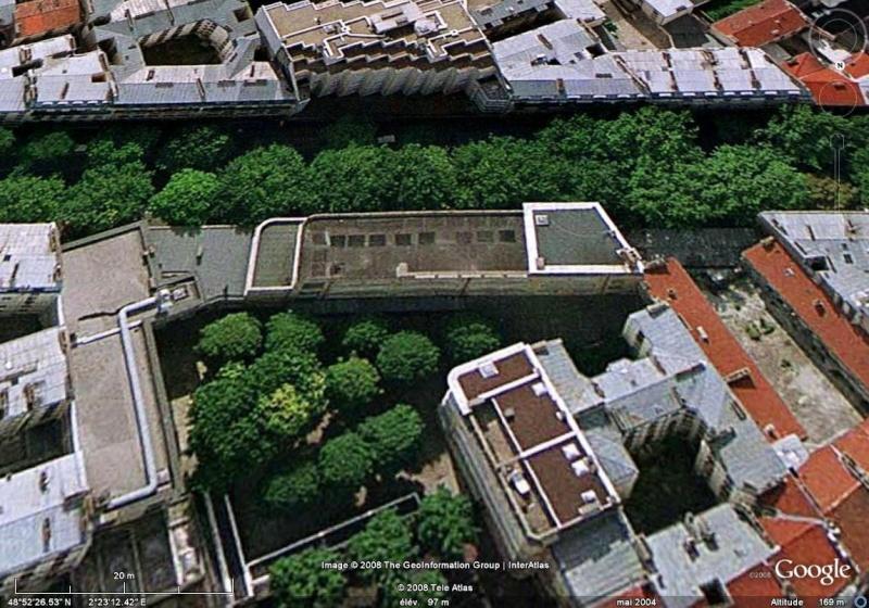 joliet - Lieux de tournages de films vus avec Google Earth - Page 12 Colleg11