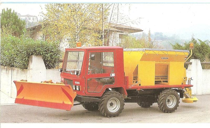 Petits tracteurs 4 roues motrices Les_tr23