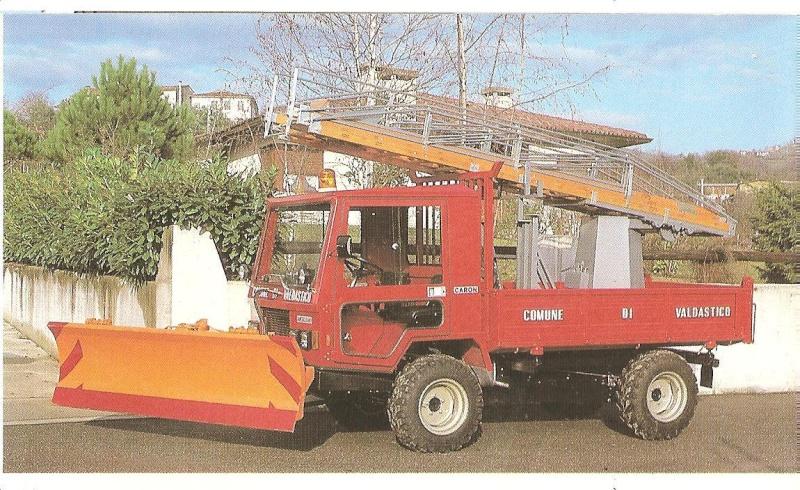 Petits tracteurs 4 roues motrices Les_tr26