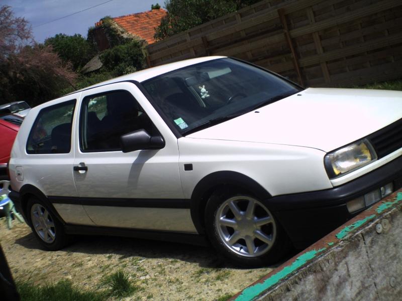 la MK3 black and white de kev...VW Pict0027