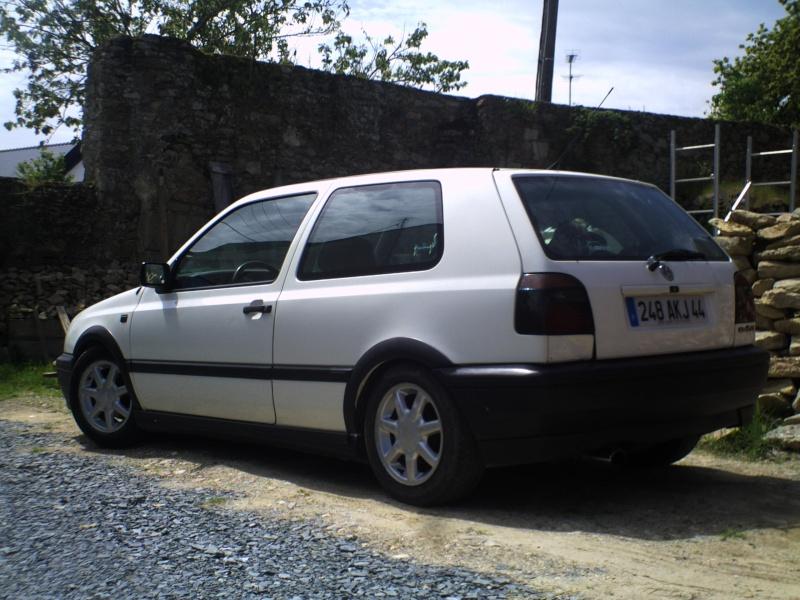 la MK3 black and white de kev...VW Pict0028